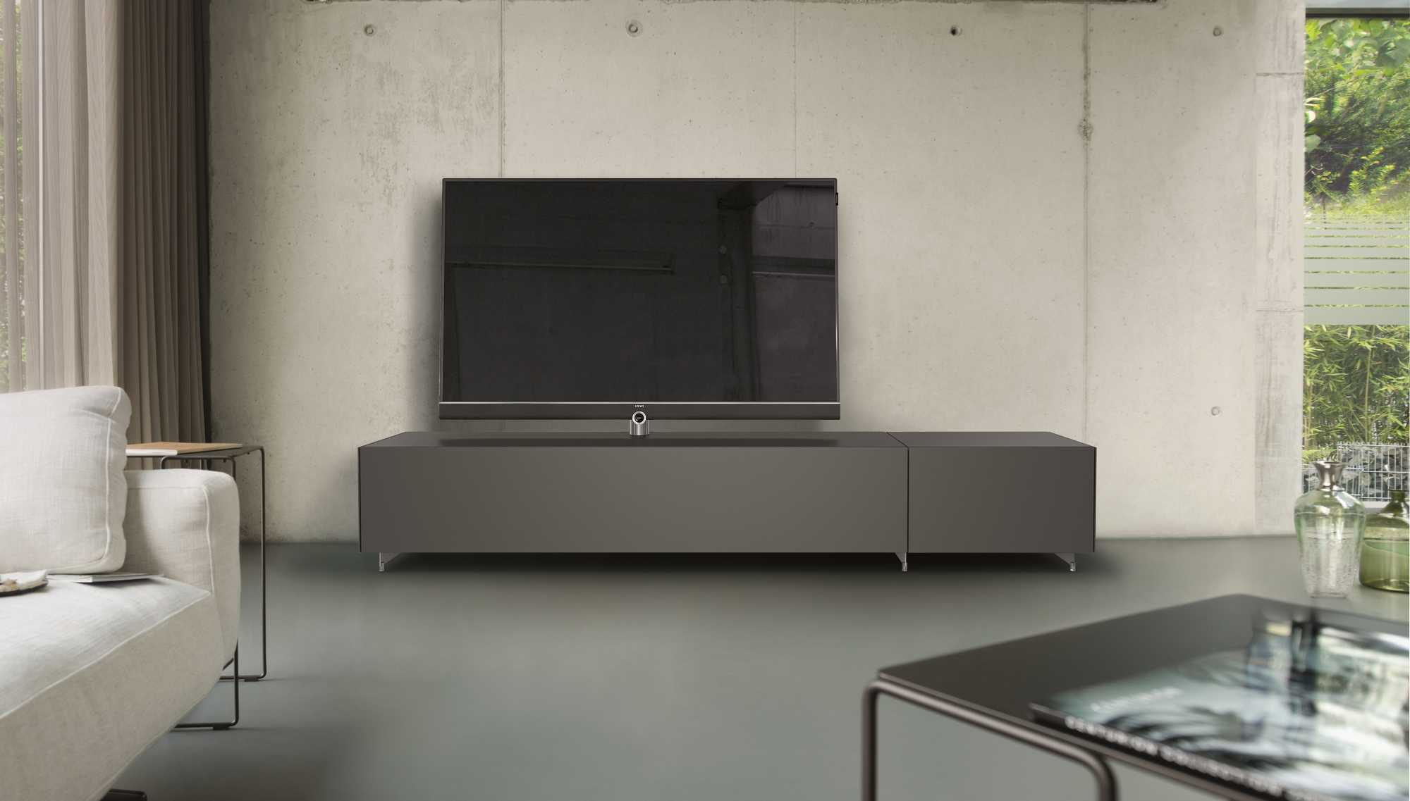 loewe kooperiert mit spectral it reseller. Black Bedroom Furniture Sets. Home Design Ideas