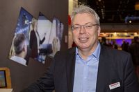 Sharp ernennt Ian Barnard zum European General Manager Visual Solutions