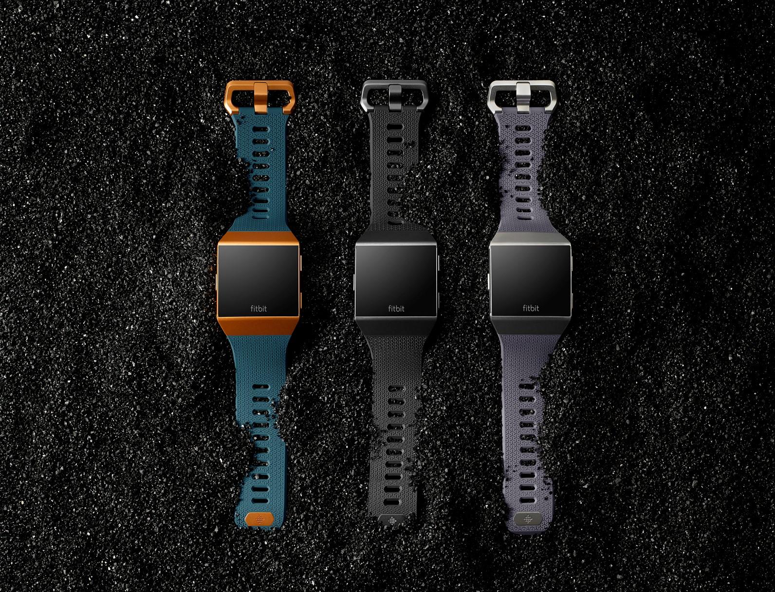 Fitbit Ionic: Fitness- und Gesundheits-Smartwatch jetzt in neuer Adidas Edition verfügbar